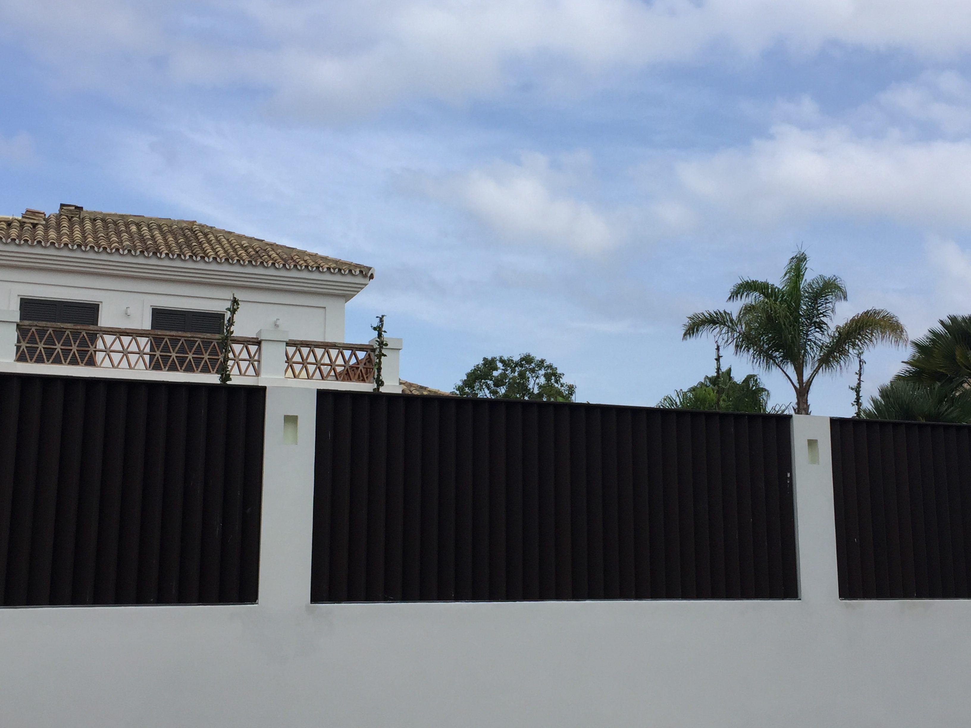 Fence-4-e1615997346871